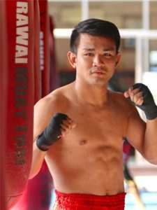 muay thai fighter madsing