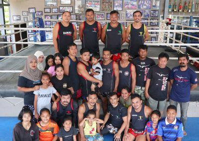 muay-thai-team-photo